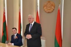 Председатель Совета Республики Мясникович М.В. вручил паспорта гражданина Республики Беларусь представителям одаренной молодежи
