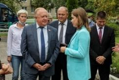 Член Президиума Совета Республики В.Лискович с выездом на место рассмотрел обращение граждан